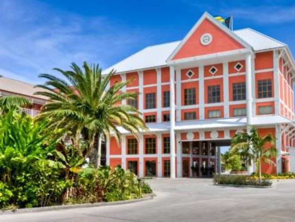 Pelican Bay Hotel at Lucaya easyflights.net